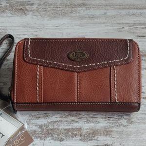 NWT b.o.c. Brown Charging Wallet Wristlet